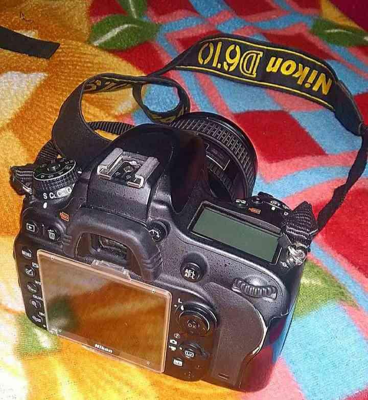 Nikon 5600D camera
