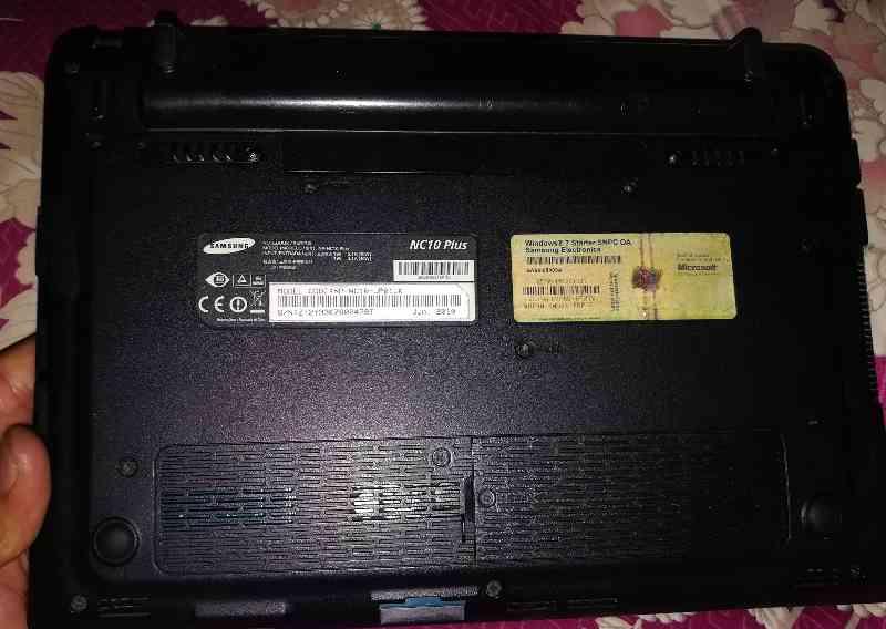 Samsung mini laptop NC10 plus