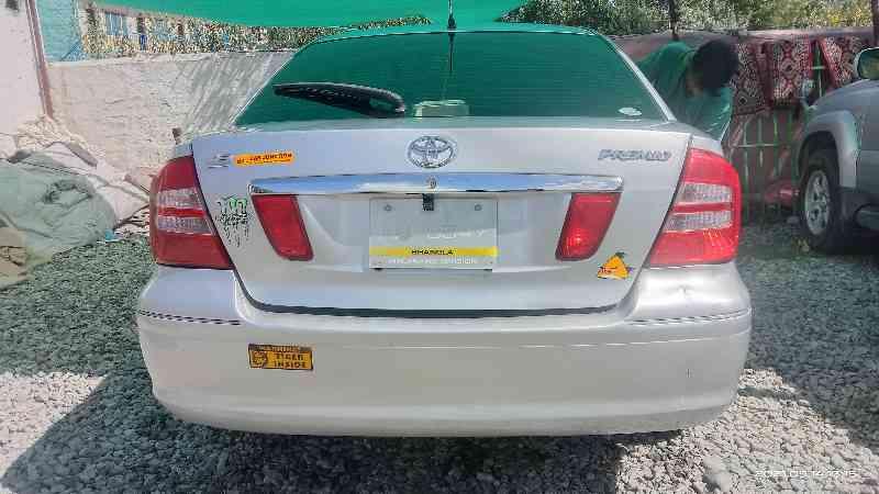 Toyota premeo